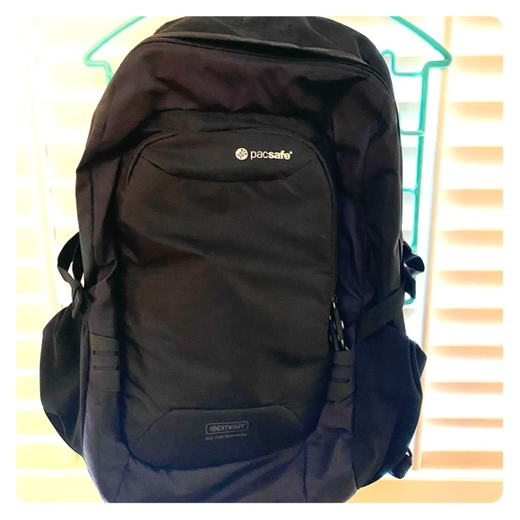 Pacsafe Venturesafe GII Anti Theft Travel Backpack
